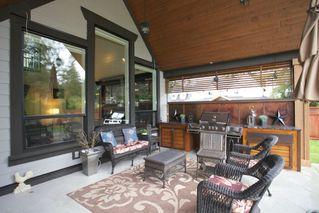"Photo 17: 4537 SOUTHRIDGE Crescent in Langley: Murrayville House for sale in ""Murrayville - Southridge"" : MLS®# R2015764"