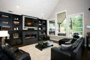 "Photo 4: 4537 SOUTHRIDGE Crescent in Langley: Murrayville House for sale in ""Murrayville - Southridge"" : MLS®# R2015764"
