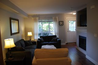 "Photo 8: 147 6747 203 Street in Langley: Willoughby Heights Townhouse for sale in ""SAGEBROOK"" : MLS®# R2059785"