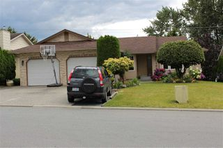 Photo 1: 31074 CREEKSIDE Drive in Abbotsford: Abbotsford West House for sale : MLS®# R2089372