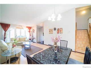 Photo 3: 22 Strewchuk Bay in Winnipeg: Seven Oaks Crossings Residential for sale (4H)  : MLS®# 1627610