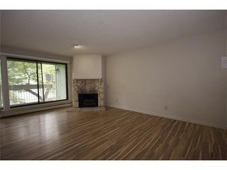 Photo 6: 222 10120 BROOKPARK Boulevard SW in Calgary: Braeside Condo for sale : MLS®# C4091043