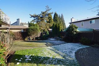 "Photo 20: 1056 LOMBARDY Drive in Port Coquitlam: Lincoln Park PQ House for sale in ""LINCOLN PARK"" : MLS®# R2126810"