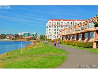 Photo 4: 304 75 Songhees Rd in VICTORIA: VW Songhees Condo for sale (Victoria West)  : MLS®# 754725