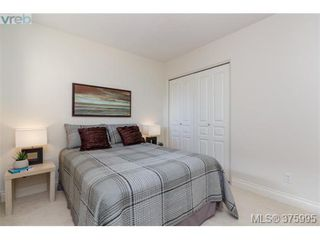 Photo 18: 304 75 Songhees Rd in VICTORIA: VW Songhees Condo for sale (Victoria West)  : MLS®# 754725
