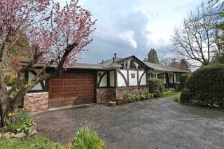 Photo 1: 2412 LARSON Road in North Vancouver: Central Lonsdale House for sale : MLS®# R2158525