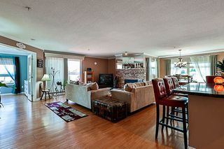 """Photo 4: 404 15220 GUILDFORD Drive in Surrey: Guildford Condo for sale in """"The Boulevard"""" (North Surrey)  : MLS®# R2163658"""