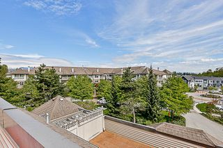 """Photo 18: 404 15220 GUILDFORD Drive in Surrey: Guildford Condo for sale in """"The Boulevard"""" (North Surrey)  : MLS®# R2163658"""