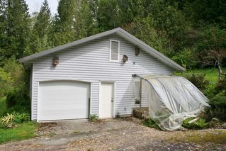 "Photo 5: 10080 SYLVESTER Road in Mission: Dewdney Deroche House for sale in ""Just north of Farms Rd."" : MLS®# R2164537"