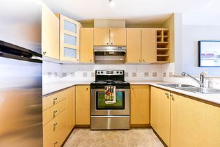 """Photo 2: 308 3122 ST JOHNS Street in Port Moody: Port Moody Centre Condo for sale in """"Sonrisa"""" : MLS®# R2168807"""