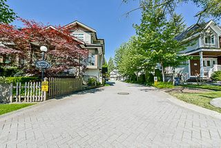 "Photo 2: 21 8155 164TH Street in Surrey: Fleetwood Tynehead Townhouse for sale in ""Sequoia Ridge"" : MLS®# R2171981"