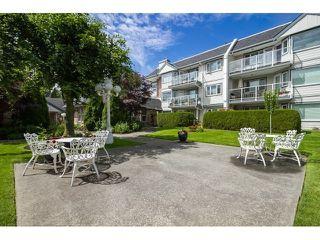 "Photo 8: 212 13965 16 Avenue in Surrey: Sunnyside Park Surrey Condo for sale in ""WHITE ROCK VILLAGE"" (South Surrey White Rock)  : MLS®# R2193006"