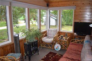 Photo 5: 269 Churchill Road: Winnipeg Beach Residential for sale (R26)  : MLS®# 1720712