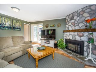 """Photo 10: 19982 50A Avenue in Langley: Langley City House for sale in """"Eagle Heights"""" : MLS®# R2202226"""