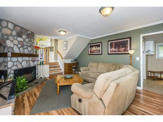 """Photo 9: 19982 50A Avenue in Langley: Langley City House for sale in """"Eagle Heights"""" : MLS®# R2202226"""