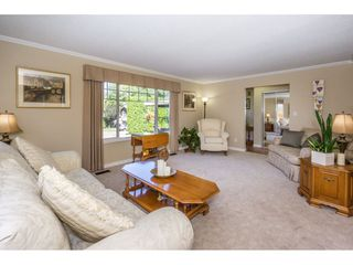 """Photo 4: 19982 50A Avenue in Langley: Langley City House for sale in """"Eagle Heights"""" : MLS®# R2202226"""