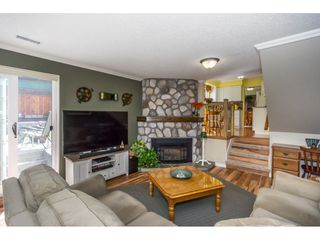 """Photo 8: 19982 50A Avenue in Langley: Langley City House for sale in """"Eagle Heights"""" : MLS®# R2202226"""