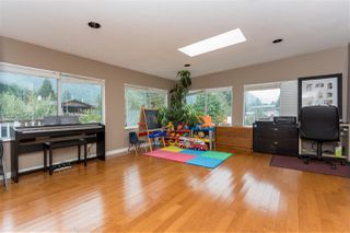 """Photo 7: 38134 WESTWAY Avenue in Squamish: Valleycliffe House for sale in """"Valleycliffe"""" : MLS®# R2206944"""