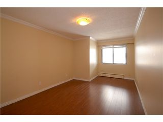 Photo 3: 212 6340 BUSWELL STREET in Richmond: Brighouse Condo for sale : MLS®# R2202912