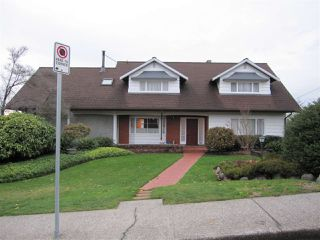 Photo 1: 1571 HOLDOM Avenue in Burnaby: Parkcrest House for sale (Burnaby North)  : MLS®# R2224176