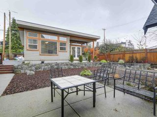 Photo 13: 658 E 4TH STREET in North Vancouver: Queensbury House for sale : MLS®# R2222993