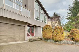 Photo 2: 1320 CHARTER HILL Drive in Coquitlam: Upper Eagle Ridge House for sale : MLS®# R2230396