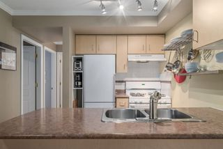 "Photo 8: 303 1617 GRANT Street in Vancouver: Grandview VE Condo for sale in ""Evergreen Place"" (Vancouver East)  : MLS®# R2232192"