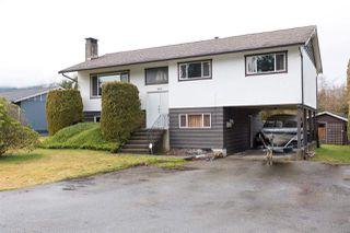 Photo 1: 2165 PARKWAY Road in Squamish: Garibaldi Estates House for sale : MLS®# R2239856