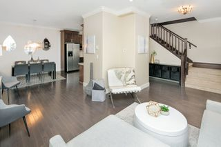 Photo 3: 987 E 21ST Avenue in Vancouver: Fraser VE House 1/2 Duplex for sale (Vancouver East)  : MLS®# R2246889