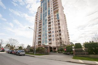 Photo 1: 302 612 FIFTH Avenue in New Westminster: Uptown NW Condo for sale : MLS®# R2248717
