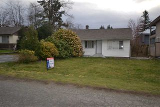 Photo 1: 2368 HOLLY Street in Abbotsford: Abbotsford West House for sale : MLS®# R2251371