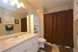 Photo 9: 301 109 Swindon Way in Winnipeg: Tuxedo Condominium for sale (1E)  : MLS®# 1807552