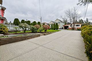 Photo 18: 11967 97A Avenue in Surrey: Royal Heights House for sale (North Surrey)  : MLS®# R2253805