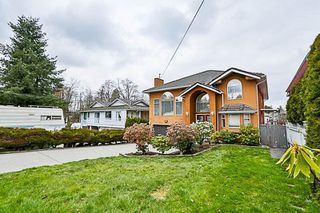 Photo 2: 11967 97A Avenue in Surrey: Royal Heights House for sale (North Surrey)  : MLS®# R2253805
