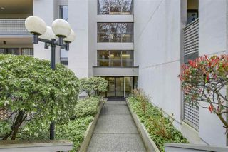 "Photo 2: 110 1955 WOODWAY Place in Burnaby: Brentwood Park Condo for sale in ""DOUGLAS VIEW"" (Burnaby North)  : MLS®# R2254495"