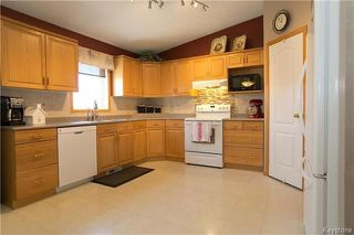 Photo 6: 15 Lessard Place in Winnipeg: Island Lakes Residential for sale (2J)  : MLS®# 1809876