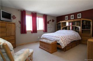 Photo 9: 15 Lessard Place in Winnipeg: Island Lakes Residential for sale (2J)  : MLS®# 1809876