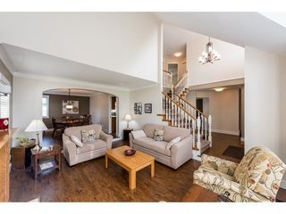"""Photo 4: 8524 212 Street in Langley: Walnut Grove House for sale in """"Forest Hills"""" : MLS®# R2261072"""