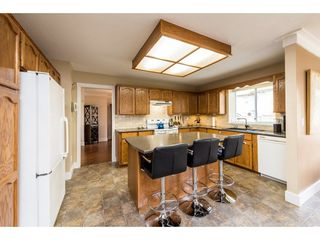 """Photo 6: 8524 212 Street in Langley: Walnut Grove House for sale in """"Forest Hills"""" : MLS®# R2261072"""
