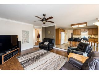 """Photo 11: 8524 212 Street in Langley: Walnut Grove House for sale in """"Forest Hills"""" : MLS®# R2261072"""