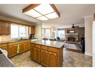 """Photo 8: 8524 212 Street in Langley: Walnut Grove House for sale in """"Forest Hills"""" : MLS®# R2261072"""
