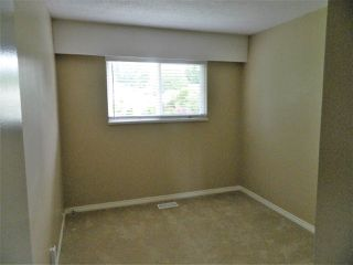 Photo 5: 13728 BLACKBURN Avenue: White Rock House for sale (South Surrey White Rock)  : MLS®# R2266413