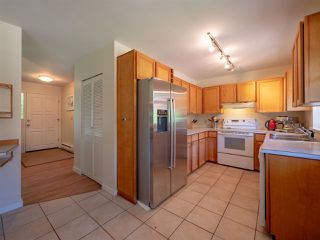 Photo 5: 7820 LOHN Road in Halfmoon Bay: Halfmn Bay Secret Cv Redroofs House for sale (Sunshine Coast)  : MLS®# R2272108