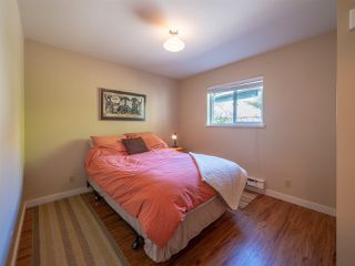 Photo 10: 7820 LOHN Road in Halfmoon Bay: Halfmn Bay Secret Cv Redroofs House for sale (Sunshine Coast)  : MLS®# R2272108