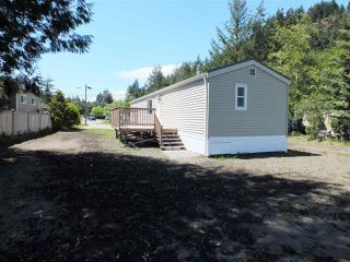 "Photo 3: 19 65367 KAWKAWA LAKE Road in Hope: Hope Kawkawa Lake Manufactured Home for sale in ""CRYSTAL RIVER COURT"" : MLS®# R2280178"