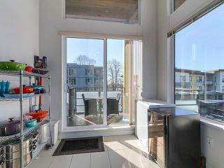 """Photo 8: 413 3163 RIVERWALK Avenue in Vancouver: Champlain Heights Condo for sale in """"NEW WATER"""" (Vancouver East)  : MLS®# R2293473"""