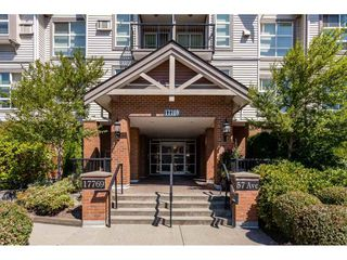 """Photo 2: 101 17769 57 Avenue in Surrey: Cloverdale BC Condo for sale in """"Clover Downs Estates"""" (Cloverdale)  : MLS®# R2294746"""