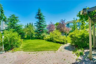 Photo 37: 14 COUGARSTONE Terrace SW in Calgary: Cougar Ridge Detached for sale : MLS®# C4201927