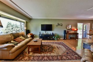 Photo 3: 10880 129 Street in Surrey: Whalley House for sale (North Surrey)  : MLS®# R2300395