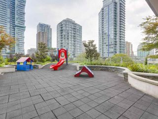 """Photo 17: 903 535 SMITHE Street in Vancouver: Downtown VW Condo for sale in """"DOLCE AT SYMPHONY PLACE"""" (Vancouver West)  : MLS®# R2301055"""
